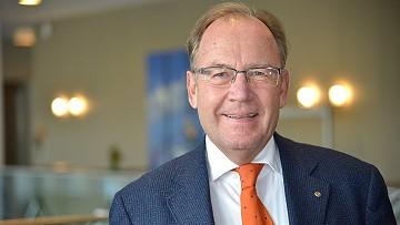 Dr. Michael Brandt
