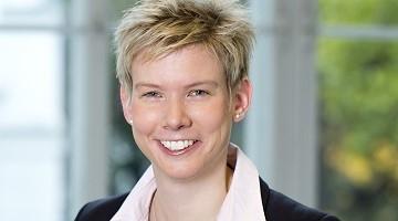 Prof. Dr. Katrin Bekes, MME